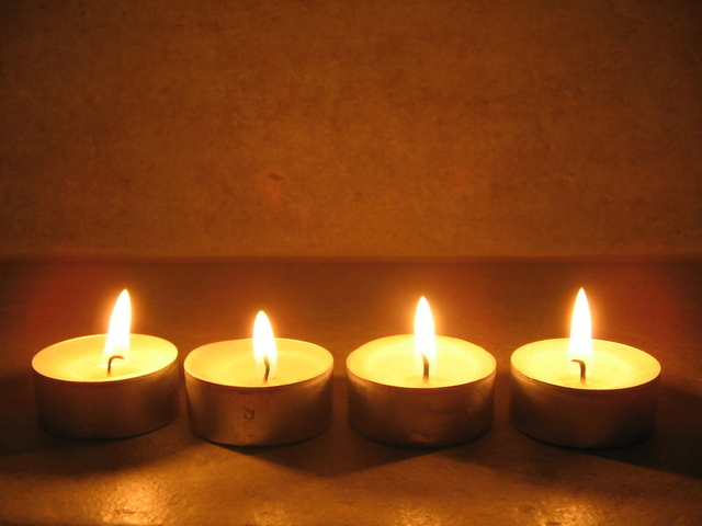 Beehive Healthcare | Acupuncture, Reflexology and Skin Rejuvination | Candles