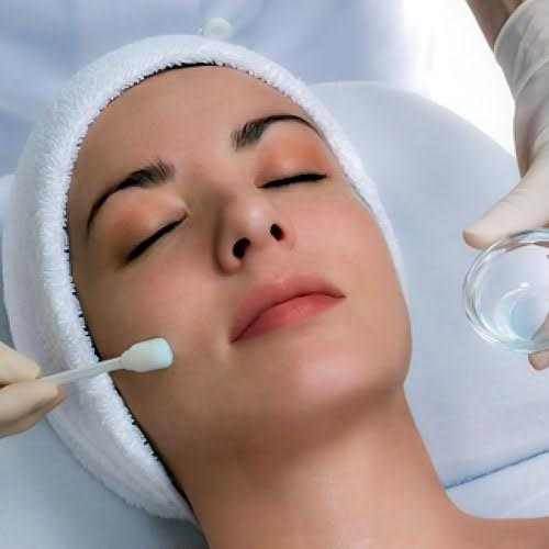 chemical peel Chester rejuvenating skin treatment at beehive healthcare, chester uk
