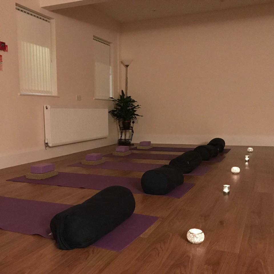 Beehive Healthcare | Reflexology, Tai Chi and Pilates | Yin Yang Yoga